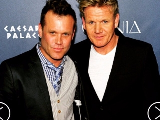 Searsucker Executive Chef @BrianMalarkey and the one and only #GordonRamsay at last night's #OMNIANightclub Grand Opening Party! #CelebrityChefs #CaesarsPalace #VegasUncorkd #Searsucker